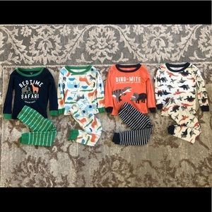 Carter's toddler 4 pairs of Pjs Size: 2T